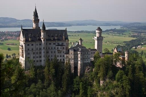 Schloss Neuschwanstein von der Marienbrücke aus gesehen