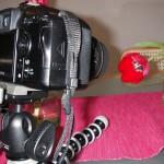 Joby GorillaPod SLR-Zoom mit Manfrotto Mini Kugelkopf und Kamera