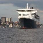 Die Queen Mary 2 läuft aus