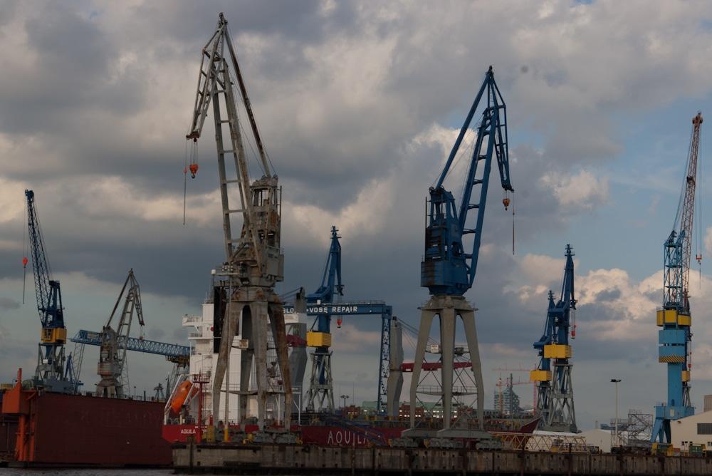 Alte Krananlage im Hamburger Hafen