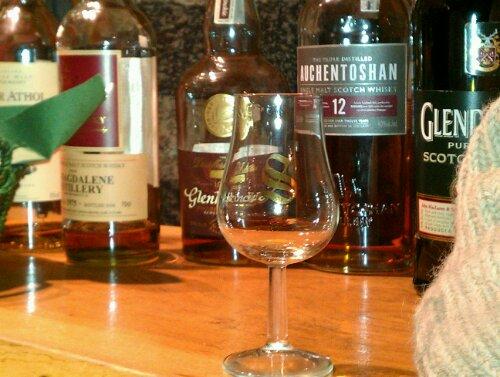 Whisky Tasting (Whisky Proben) bei Kottkamp in Oldenburg sind sehr begehrt.