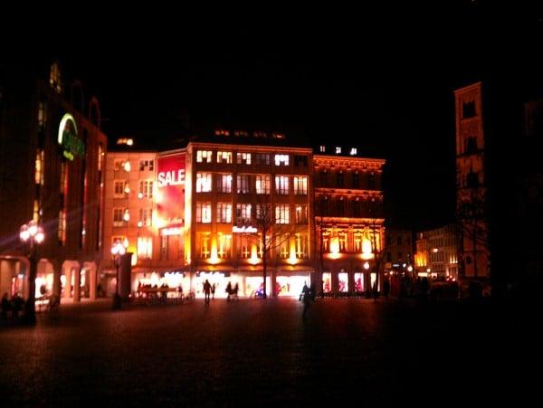 For Sale - Delegationen aus Kuala Lumpur können in Bonn günstig shoppen
