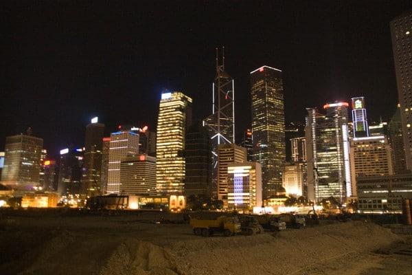 Skyline von Hong Kong bei Nacht