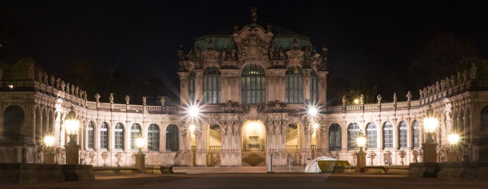 Dresdener Zwinger bei Nacht